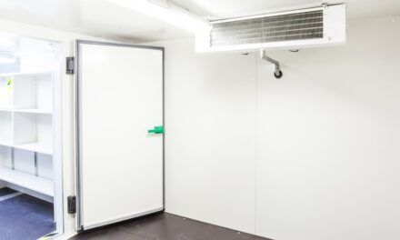 NEW WALK-IN PANEL-FRAME SYSTEM SIGNIFICANTLY LOWERS C-STORE ENERGY COSTS